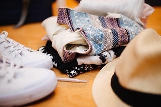 A termékvideók előnyei ruha webshopok számára